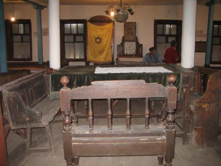 Study table, chairs, and benches in Bershad synagogue
